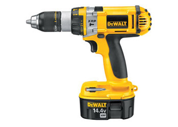 DC984VA - Heavy-Duty XRP™ 1/2 in. (13mm) 14.4V Cordless Hammerdrill/Drill/Driver Kit