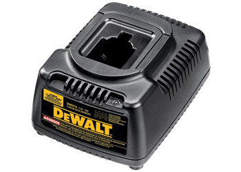 DW9116 - 7.2V - 18V 1 Hour Charger with Automatic Tune-Up™ Mode